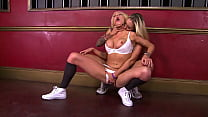 personal trainer lesbians - HD